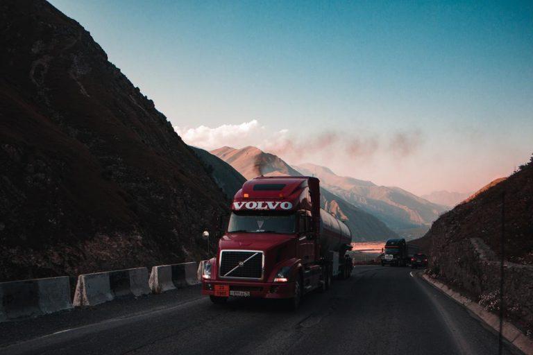 Transport międzynarodowy materiałów i odpadów niebezpiecznych