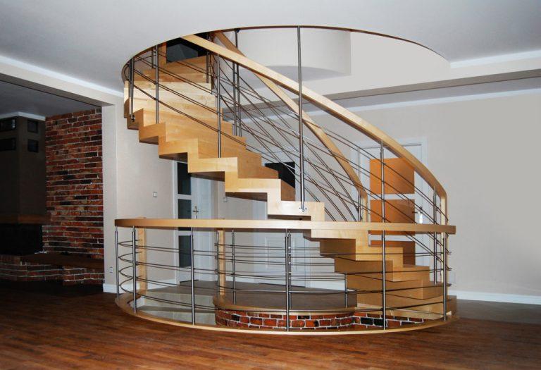 Drewniane schody – wybór, który będzie zachwycał latami.